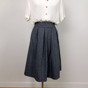 Comme Toi Pleated Skirt in Grey Twill w/ Pockets